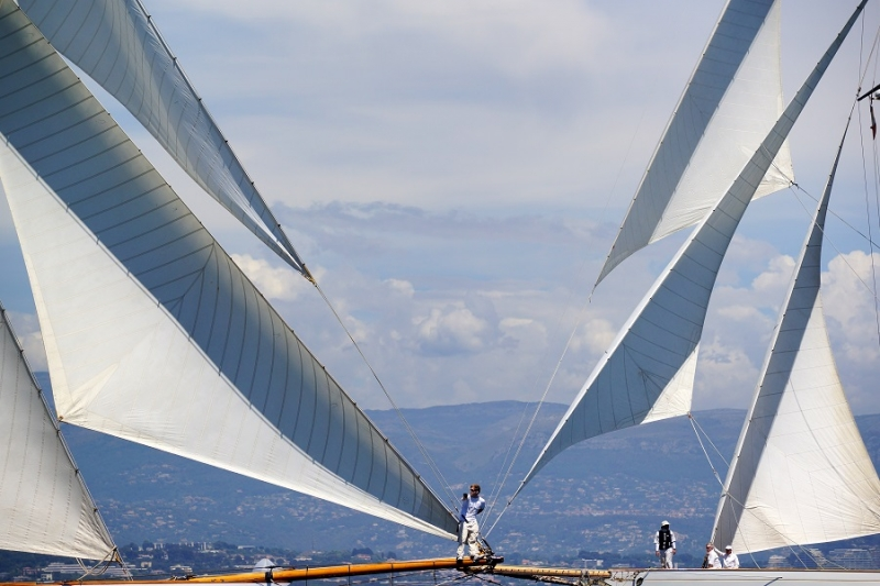 Passing By…. Les Voiles D'Antibes