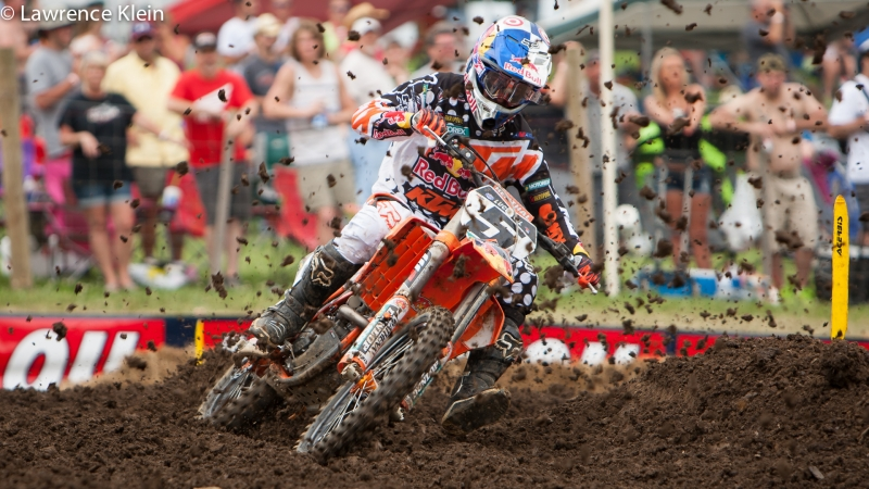 Ryan Dungey Ducks The Dirt