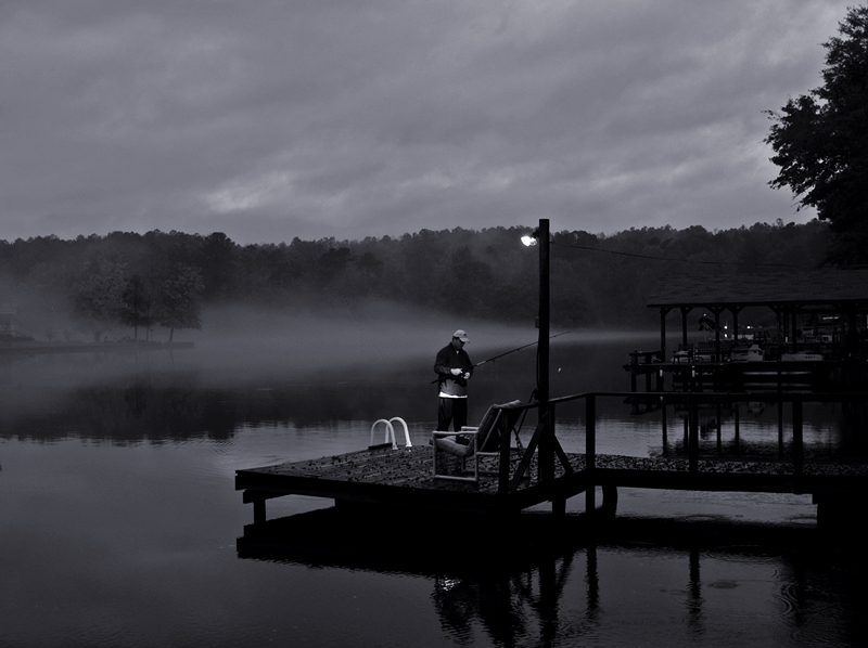 fog picture lake b w