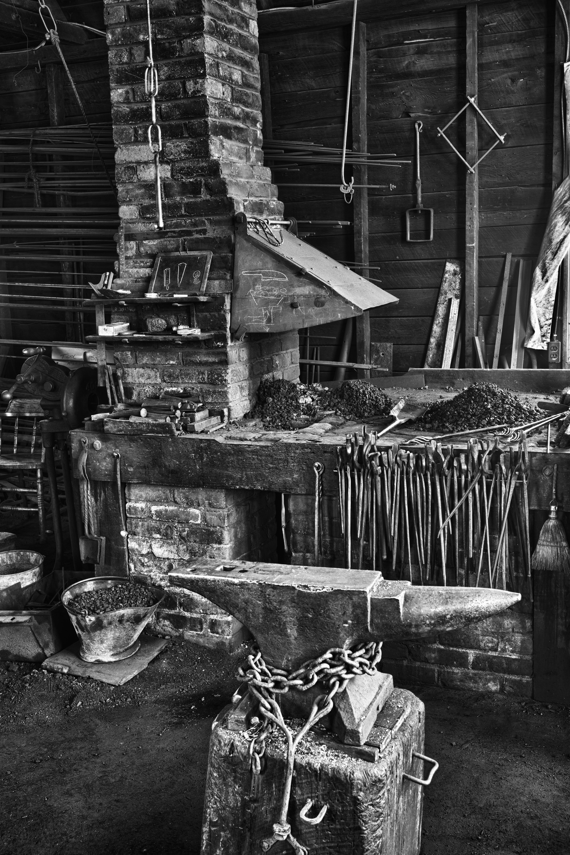Mystic_Blacksmith_Shop