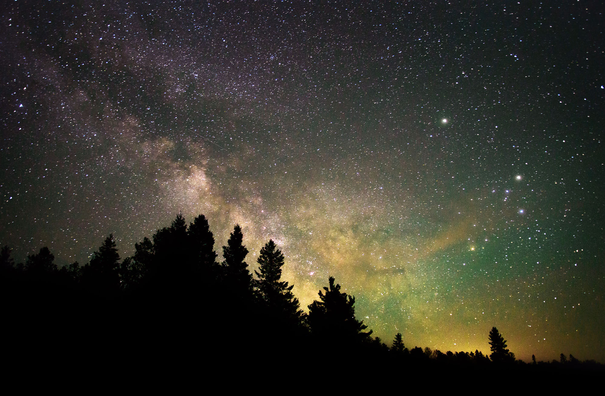 Milkyway at Lone Pine - Space Imagery