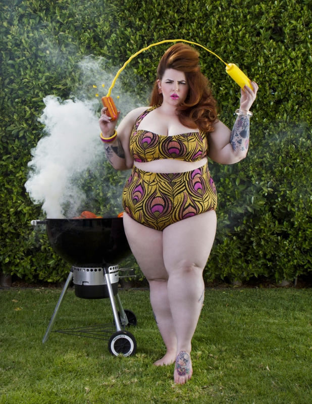 Tess Munster Summer Swimsuit Editorial 3