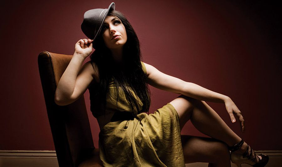 If you're a single-softbox or two-umbrella shooter, it's time to break out and try some new looks.  ( 2 ) Focused Sources.